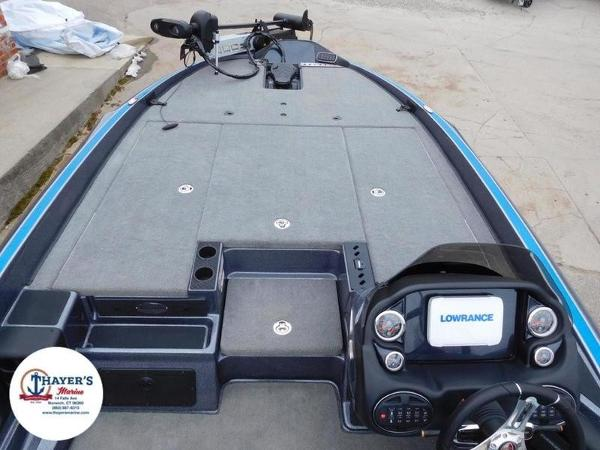 2018 Triton boat for sale, model of the boat is 20 TRX & Image # 20 of 42