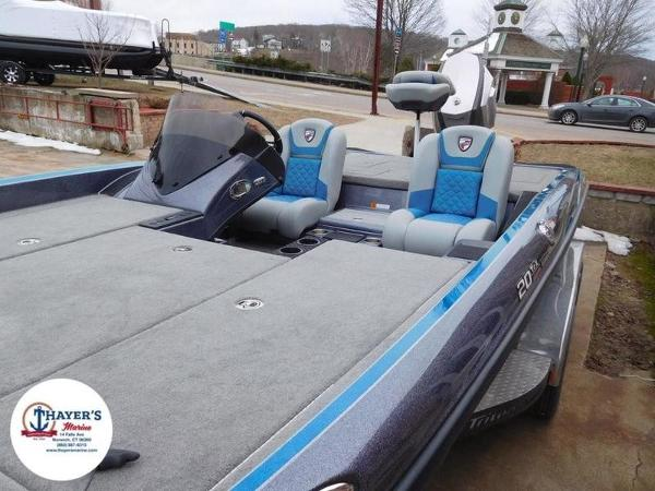 2018 Triton boat for sale, model of the boat is 20 TRX & Image # 23 of 42