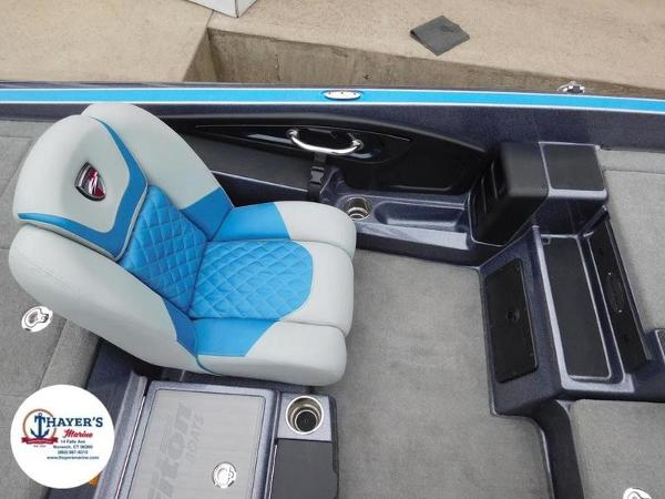 2018 Triton boat for sale, model of the boat is 20 TRX & Image # 25 of 42