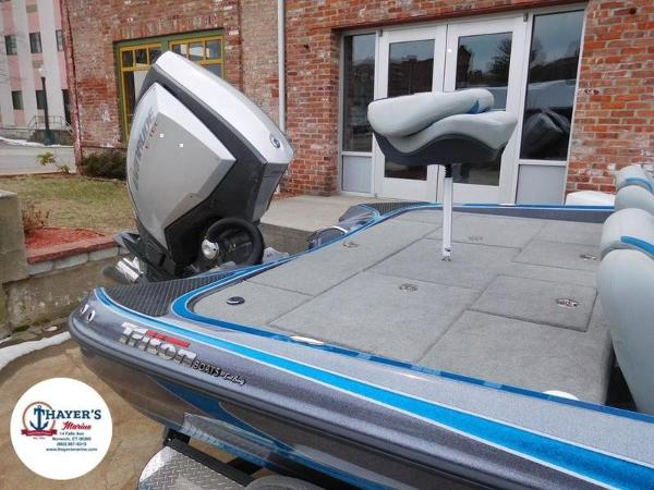 2018 Triton boat for sale, model of the boat is 20 TRX & Image # 34 of 42