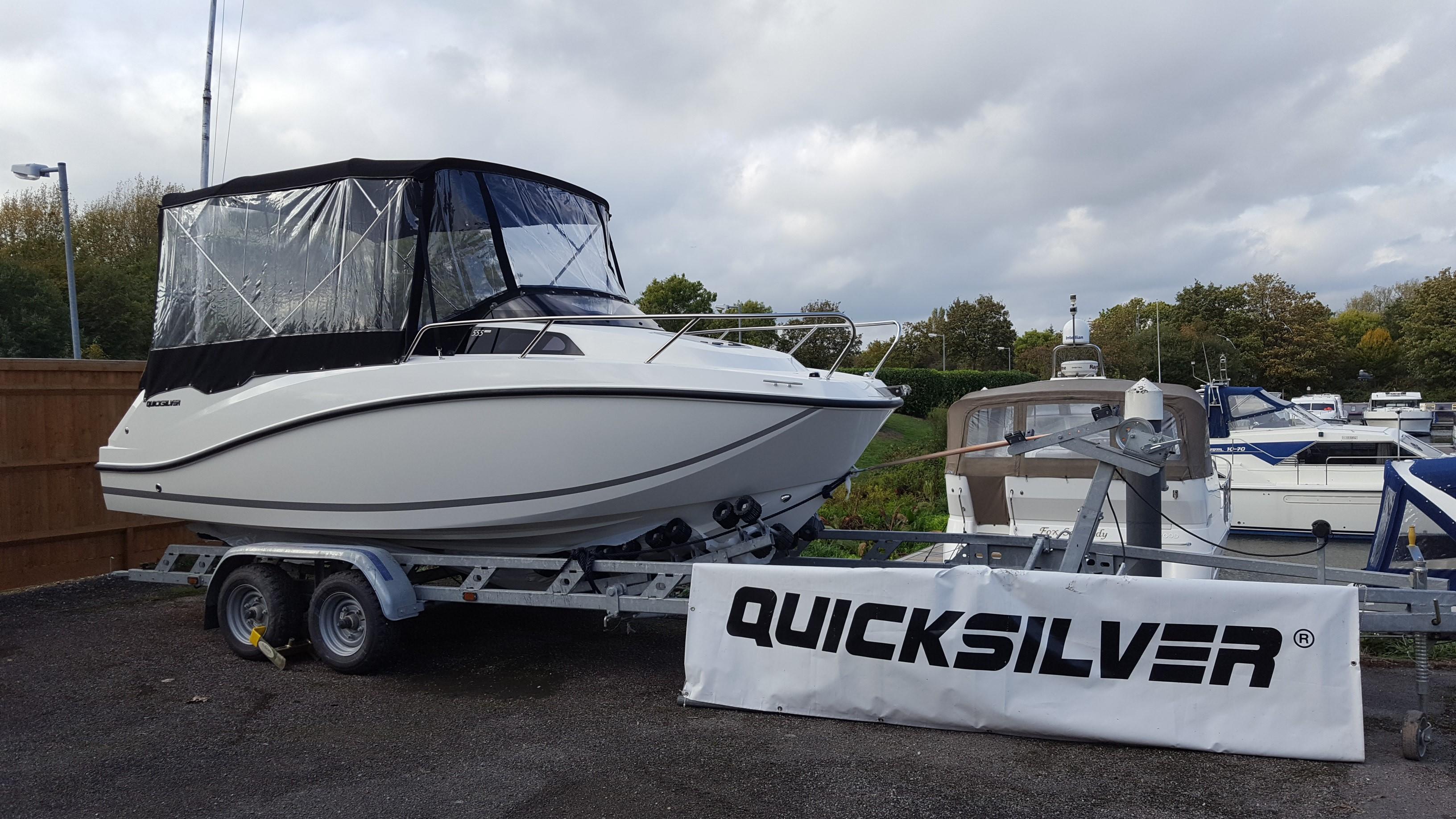 Quicksilver 555 Cabin