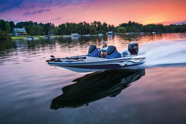2020 Nitro boat for sale, model of the boat is Z17 & Image # 14 of 80