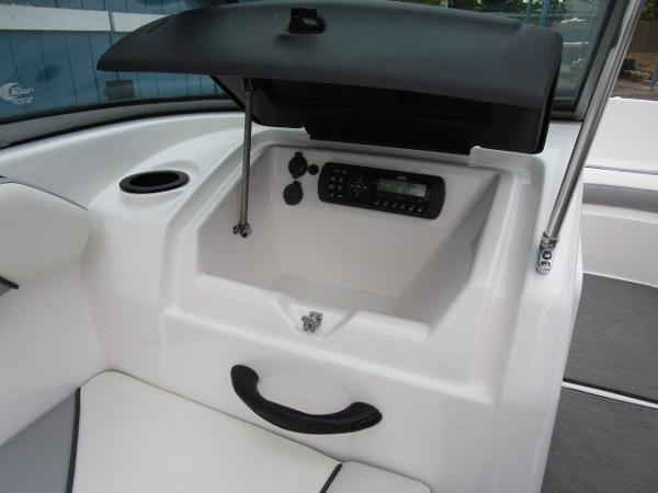 2017 Yamaha boat for sale, model of the boat is AR190 & Image # 12 of 24