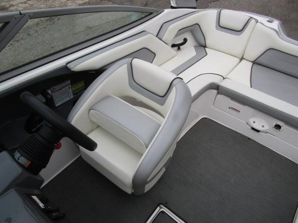 2017 Yamaha boat for sale, model of the boat is AR190 & Image # 14 of 24
