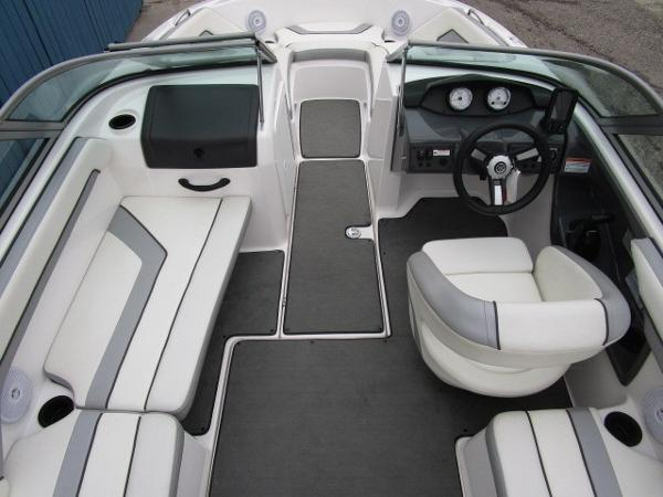 2017 Yamaha boat for sale, model of the boat is AR190 & Image # 19 of 24