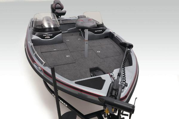 2020 Nitro boat for sale, model of the boat is ZV19 & Image # 9 of 52