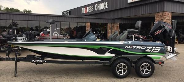 2020 Nitro boat for sale, model of the boat is Z19 Pro & Image # 1 of 10