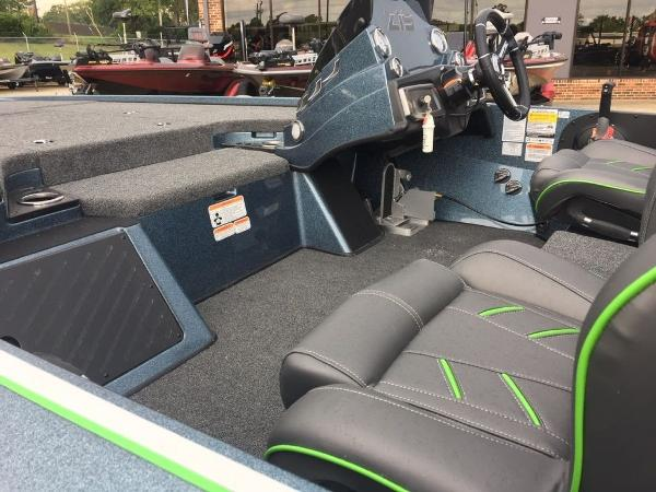 2020 Nitro boat for sale, model of the boat is Z19 Pro & Image # 2 of 10