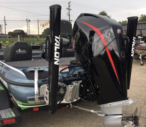 2020 Nitro boat for sale, model of the boat is Z19 Pro & Image # 7 of 10