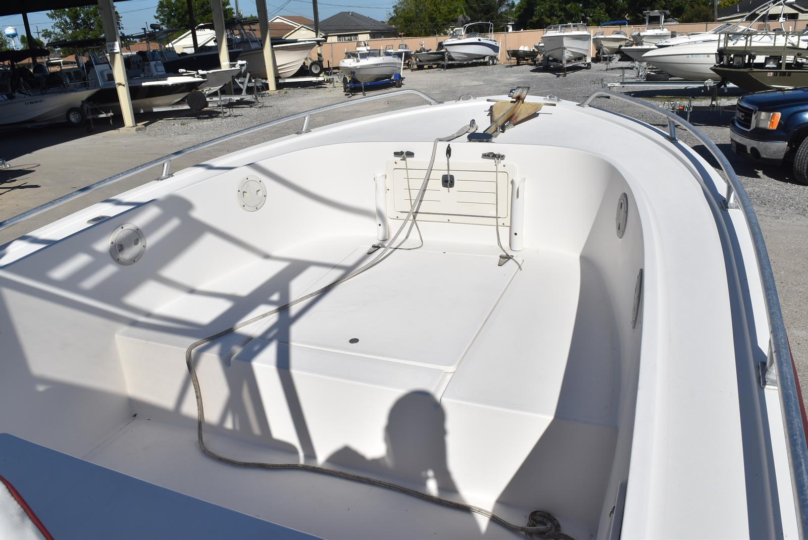 1996 Mako boat for sale, model of the boat is 22 Mako & Image # 10 of 26
