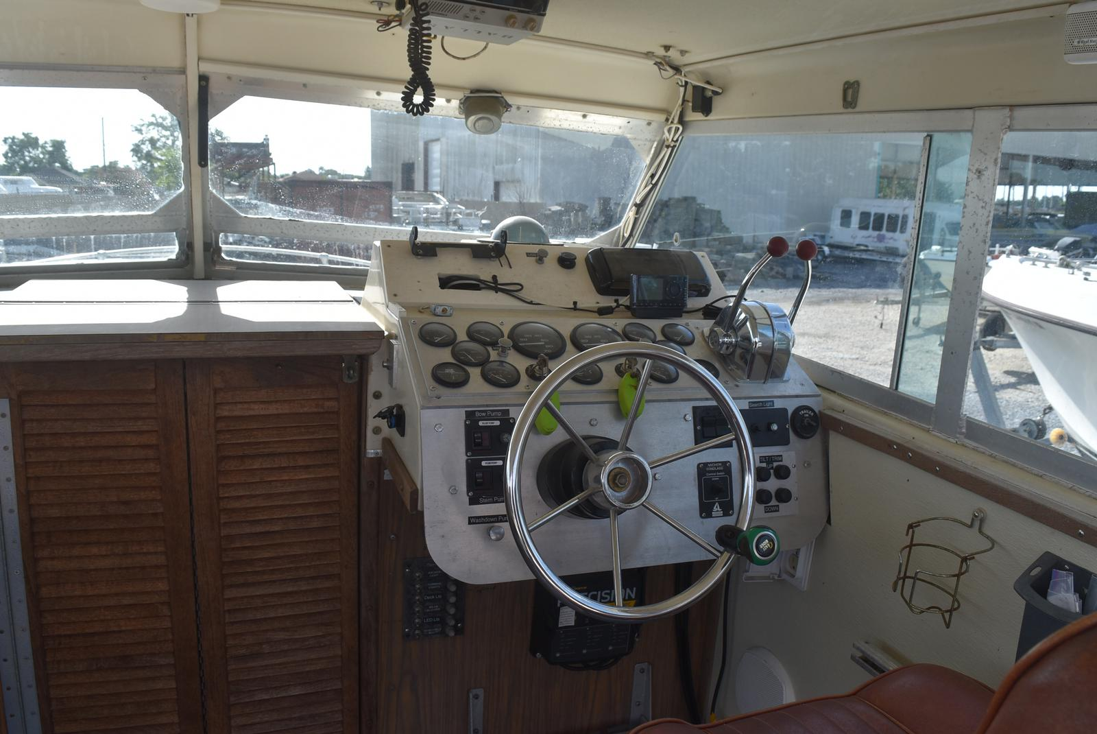 1976 Stamas boat for sale, model of the boat is 2510 & Image # 7 of 11