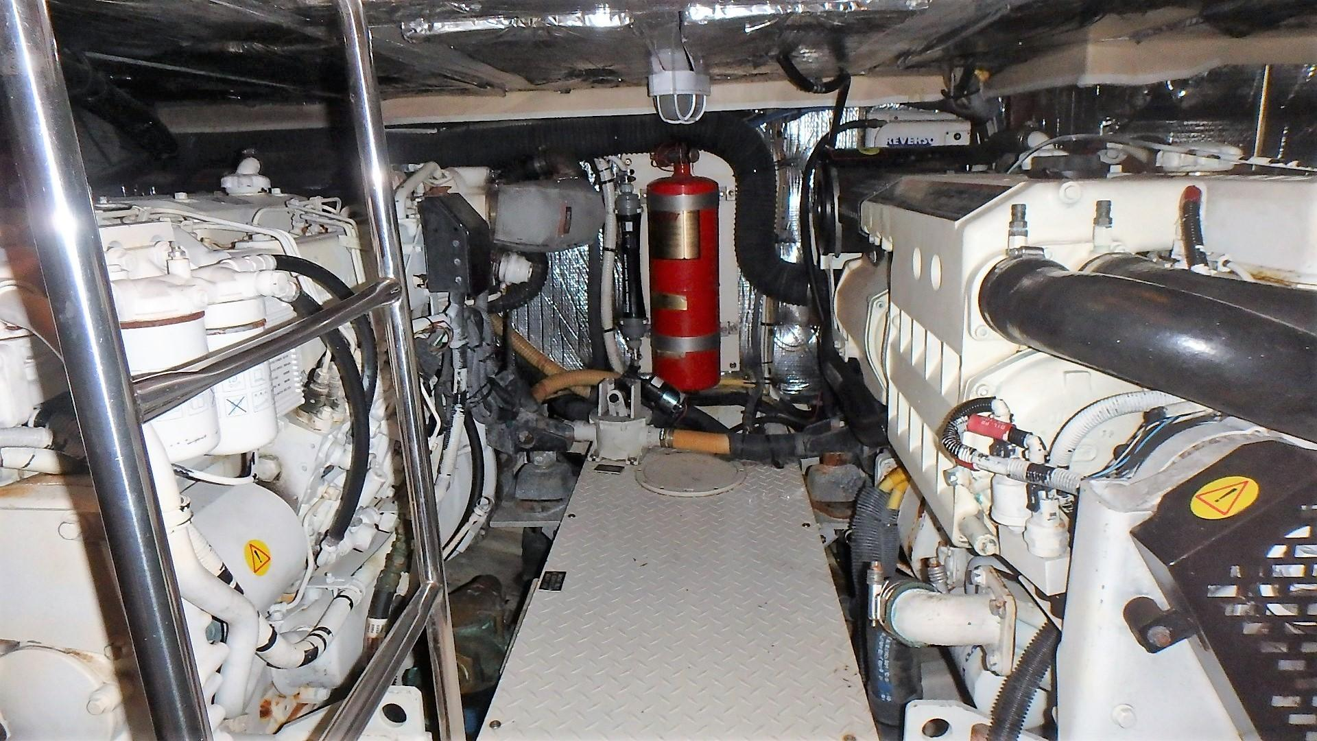 Cruisers Yachts 455 - Fire Ext System