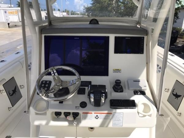 2016 Mako boat for sale, model of the boat is 334CC & Image # 4 of 30