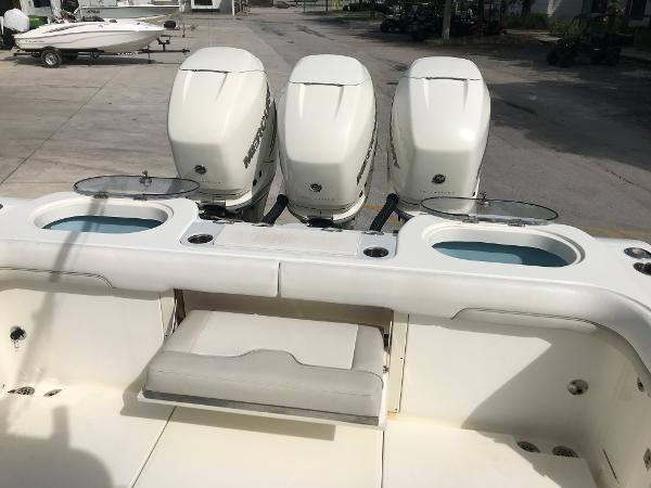 2016 Mako boat for sale, model of the boat is 334CC & Image # 28 of 30