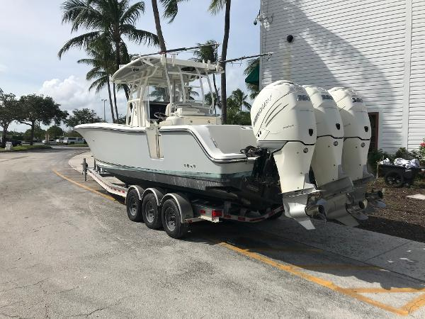 2016 Mako boat for sale, model of the boat is 334CC & Image # 3 of 30