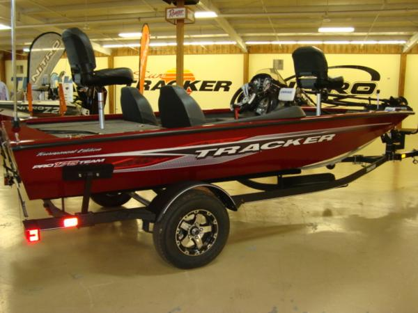 2021 Tracker Boats boat for sale, model of the boat is Pro Team 175 TXW® Tournament Ed. & Image # 1 of 20