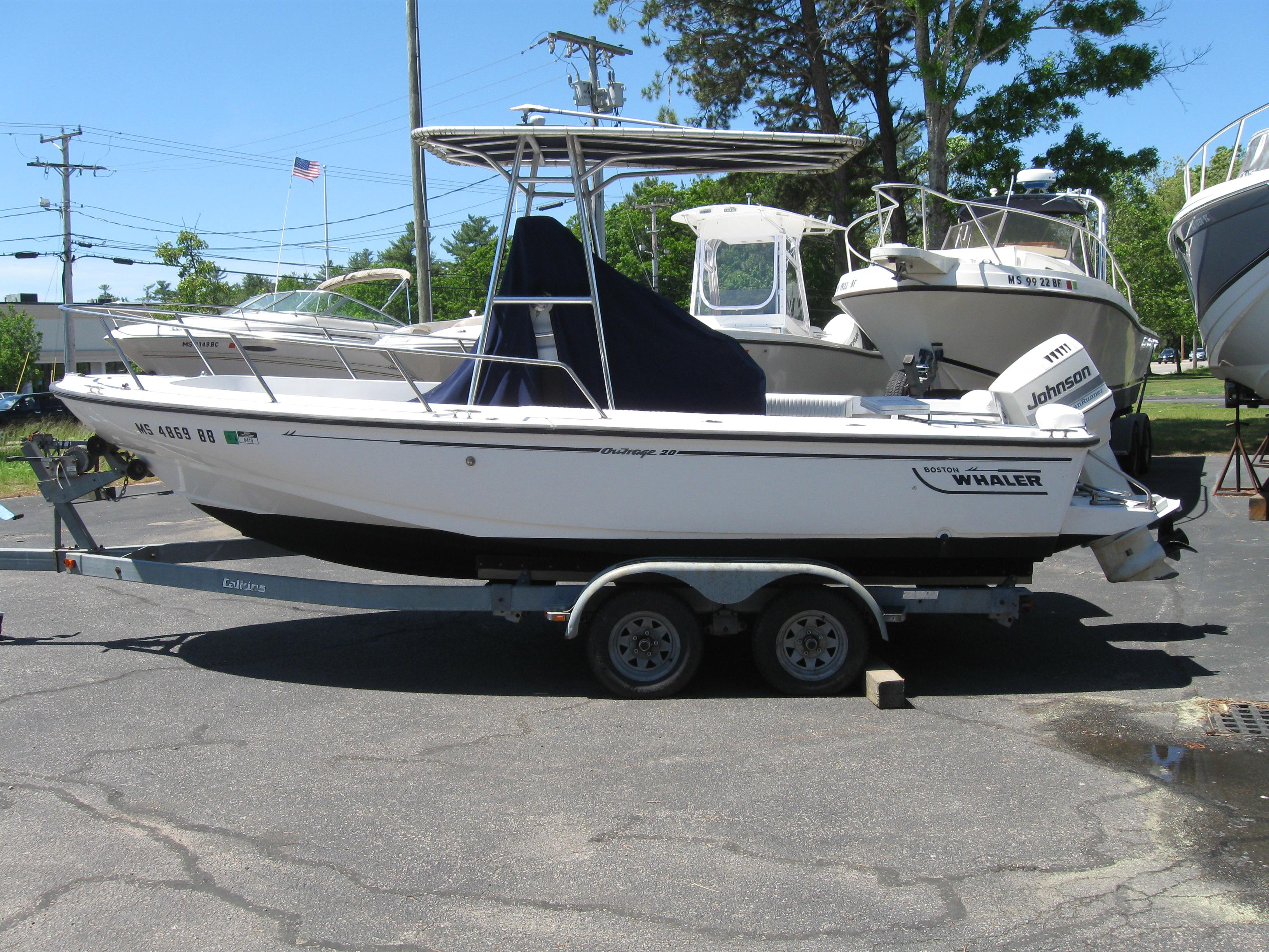 Boston Whaler Outrage 20 Power Boats For Sale - South Shore