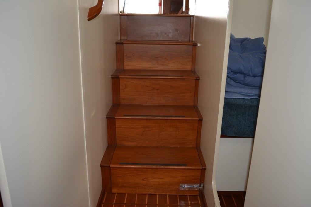 Cherubini Independence - Stairway