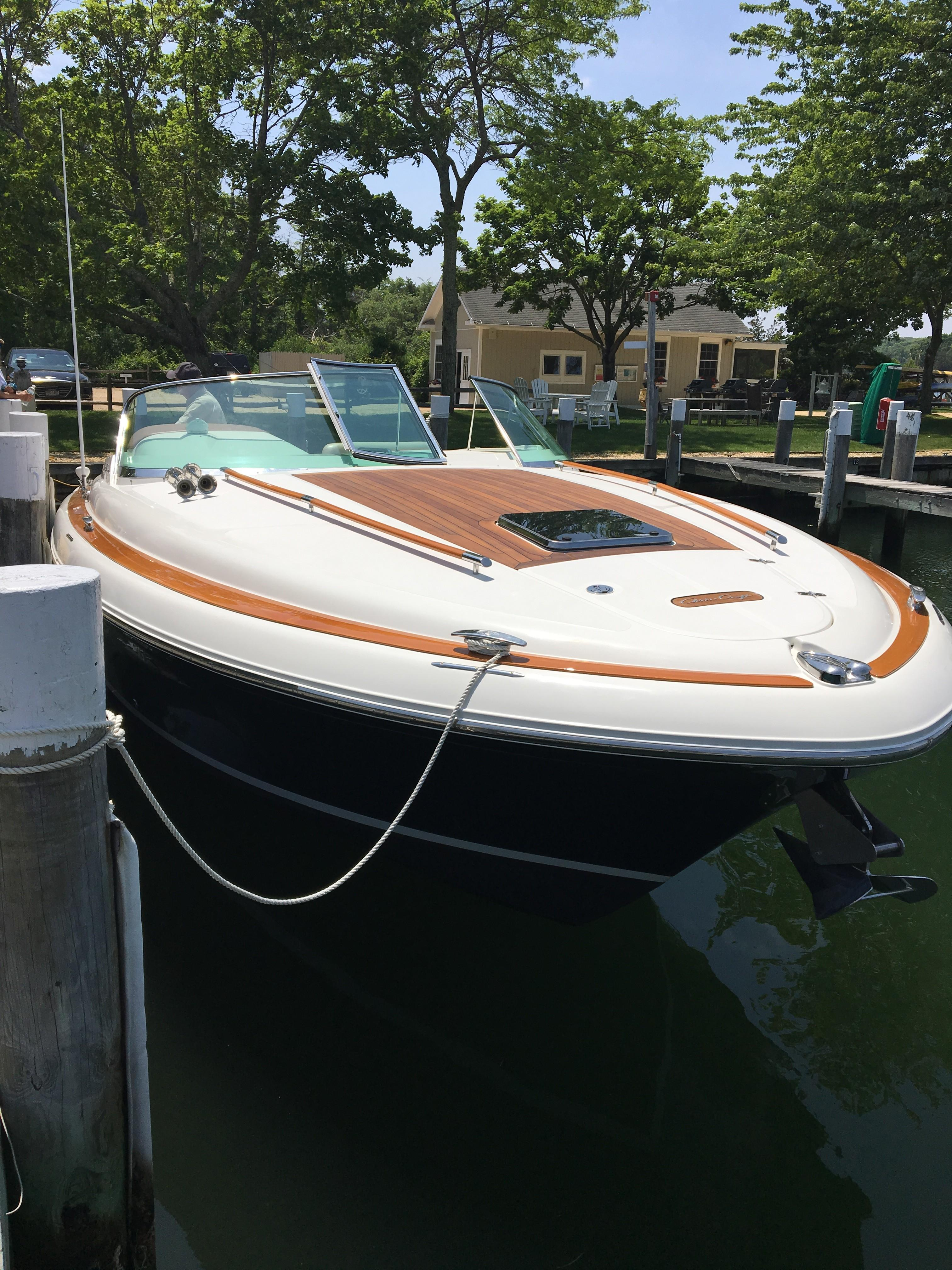 39 Chris-Craft Bellanca 2005 East Hampton | Denison Yacht Sales