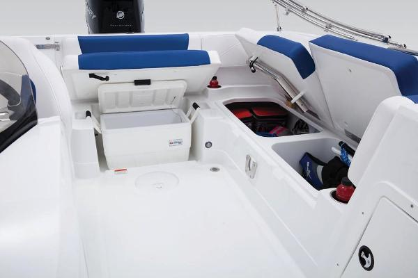 2018 Tahoe boat for sale, model of the boat is 2150 & Image # 20 of 47