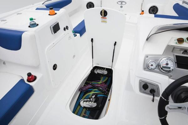 2018 Tahoe boat for sale, model of the boat is 2150 & Image # 23 of 47