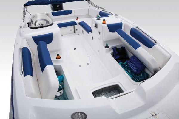 2018 Tahoe boat for sale, model of the boat is 2150 & Image # 14 of 46