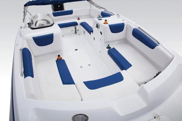 2018 Tahoe boat for sale, model of the boat is 2150 & Image # 13 of 46