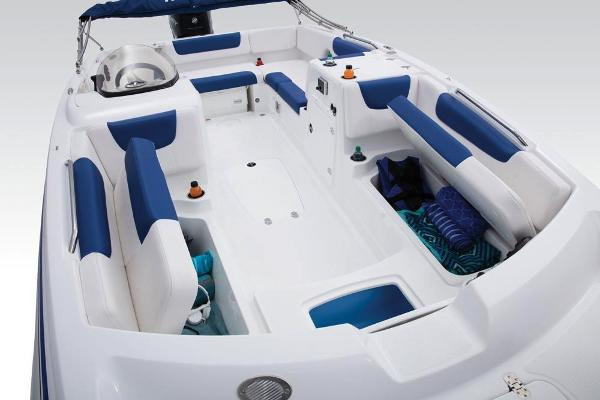 2018 Tahoe boat for sale, model of the boat is 2150 & Image # 27 of 47