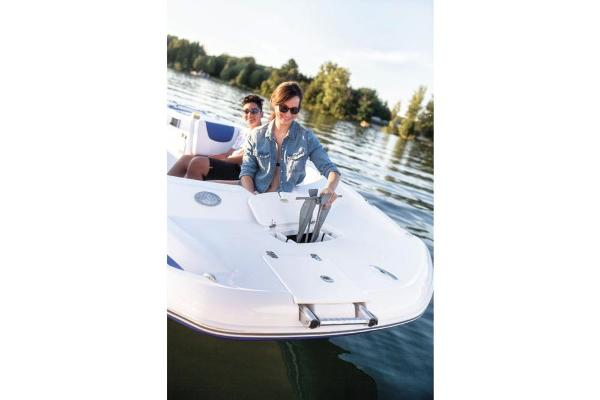 2018 Tahoe boat for sale, model of the boat is 2150 & Image # 46 of 47