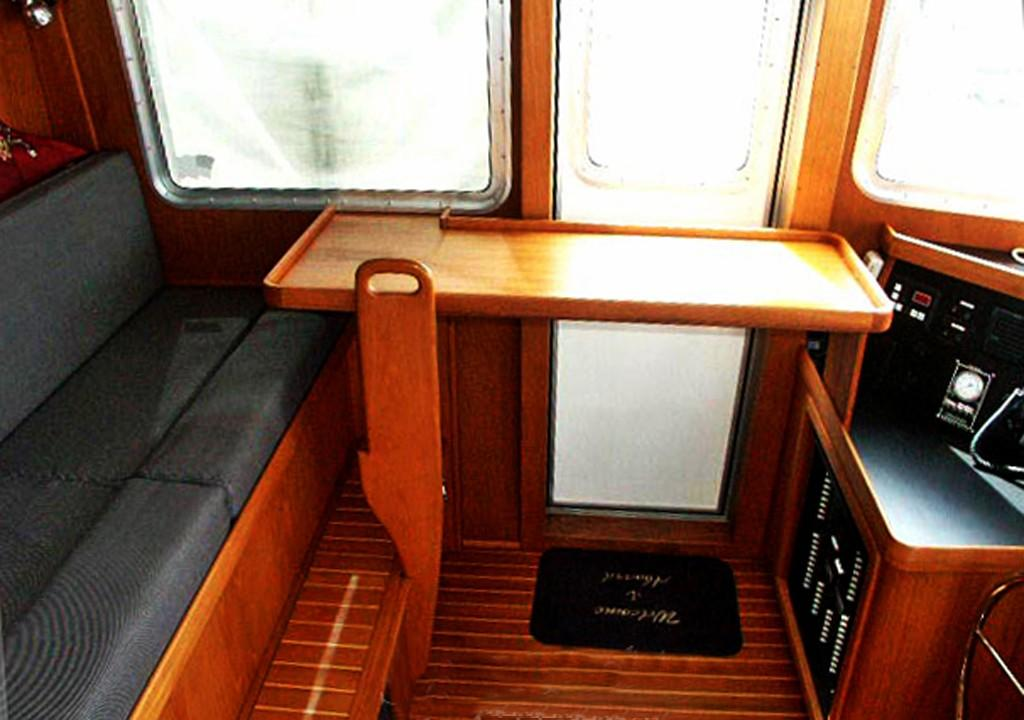 Drop Down Pilot House Table and Bench Seat