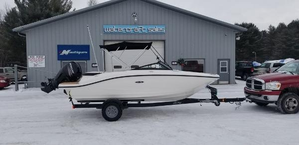 2019 Sea Ray boat for sale, model of the boat is SPX 190 OB & Image # 1 of 29