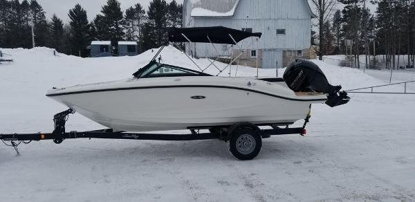 2019 Sea Ray boat for sale, model of the boat is SPX 190 OB & Image # 2 of 29