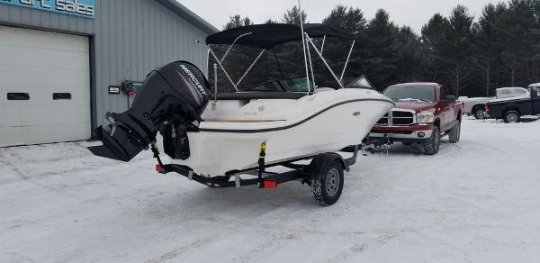 2019 Sea Ray boat for sale, model of the boat is SPX 190 OB & Image # 5 of 29