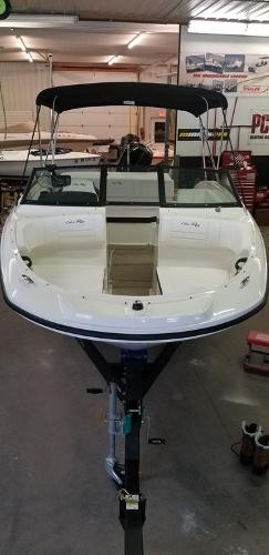 2019 Sea Ray boat for sale, model of the boat is SPX 190 OB & Image # 8 of 29