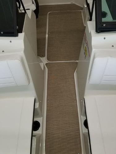 2019 Sea Ray boat for sale, model of the boat is SPX 190 OB & Image # 24 of 29