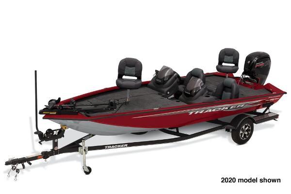 2021 Tracker Boats boat for sale, model of the boat is Pro Team 190 TX Tournament Edition & Image # 1 of 4