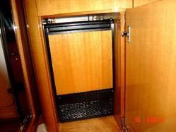 Galley / Refrigerator