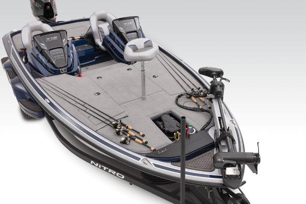 2021 Nitro boat for sale, model of the boat is Z19 & Image # 18 of 64
