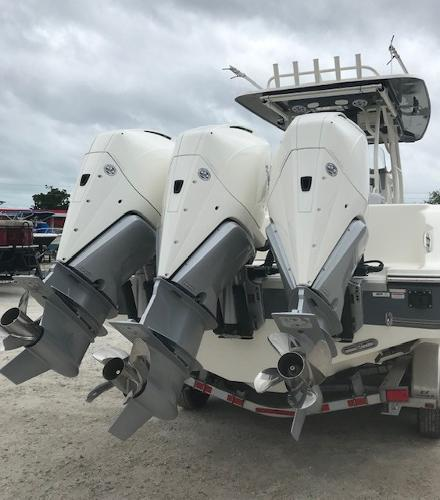 2019 Mako boat for sale, model of the boat is 334 CC Family Edition & Image # 6 of 165