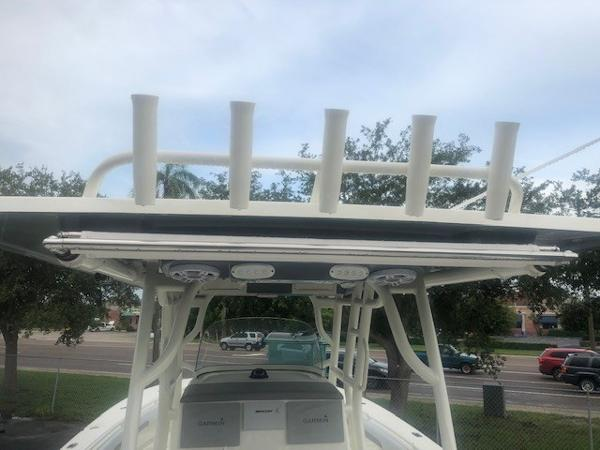 2019 Mako boat for sale, model of the boat is 334 CC Family Edition & Image # 116 of 165