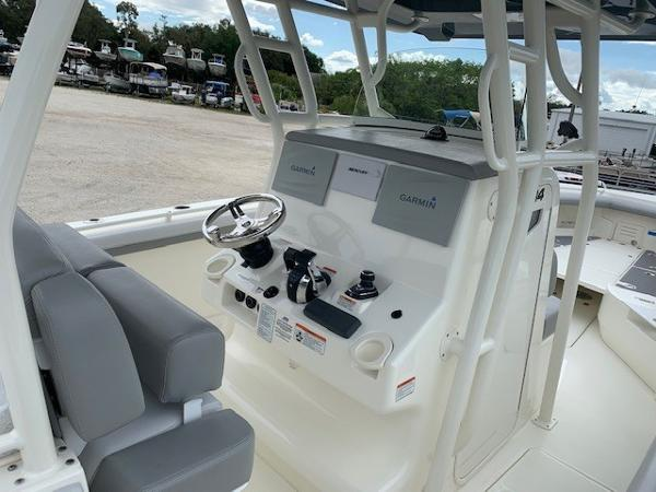 2019 Mako boat for sale, model of the boat is 334 CC Family Edition & Image # 88 of 165