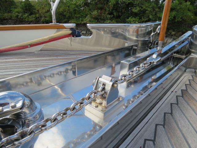 real chain stop to help windlass