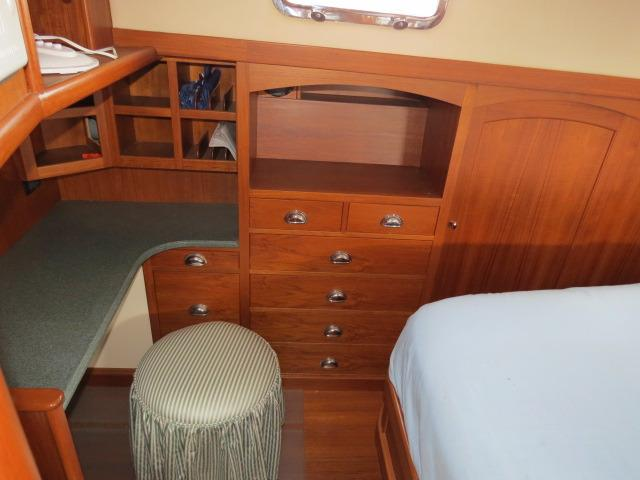 aft cabin details and storage