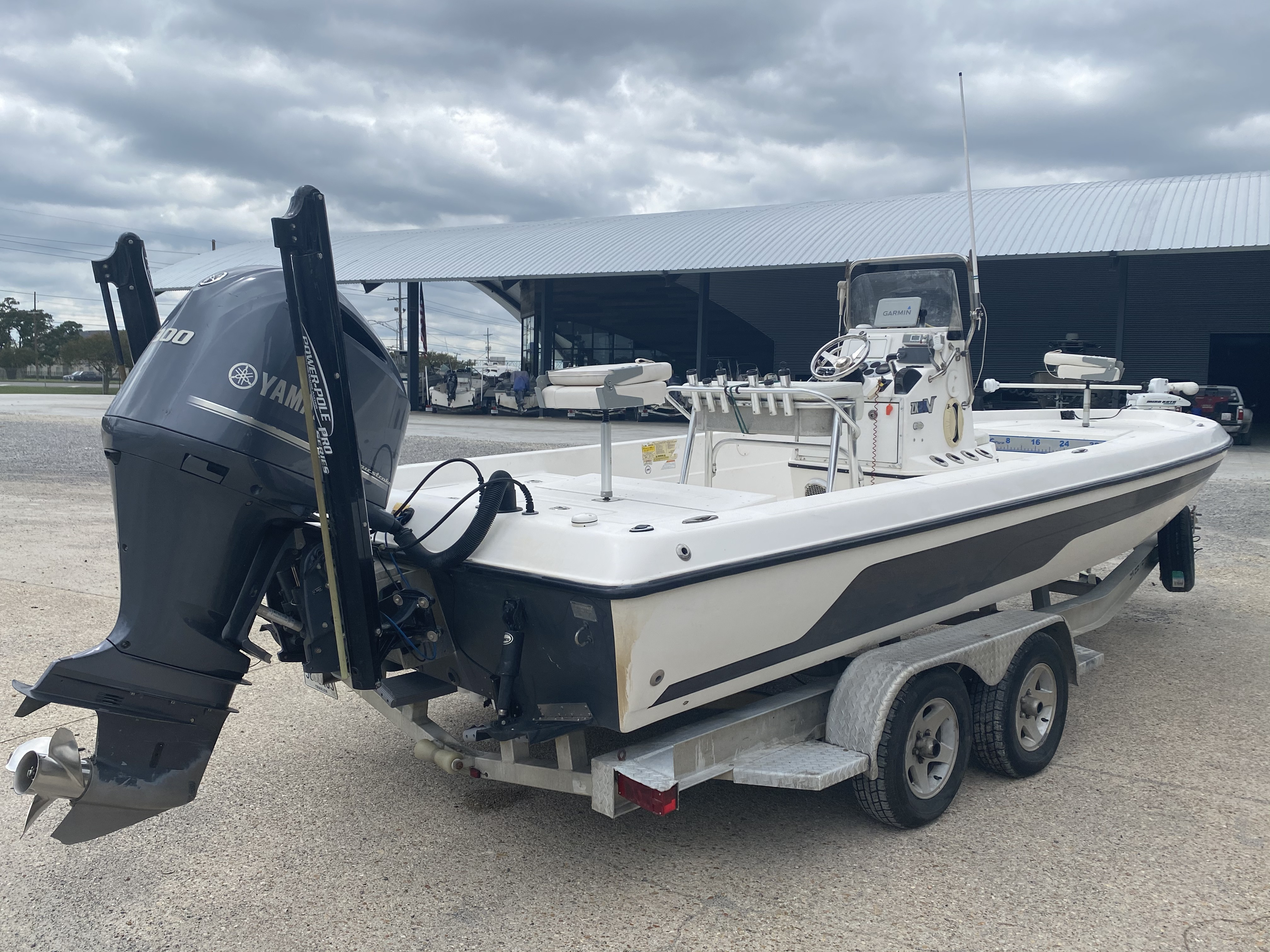 2010 Skeeter boat for sale, model of the boat is ZX 24V & Image # 6 of 18