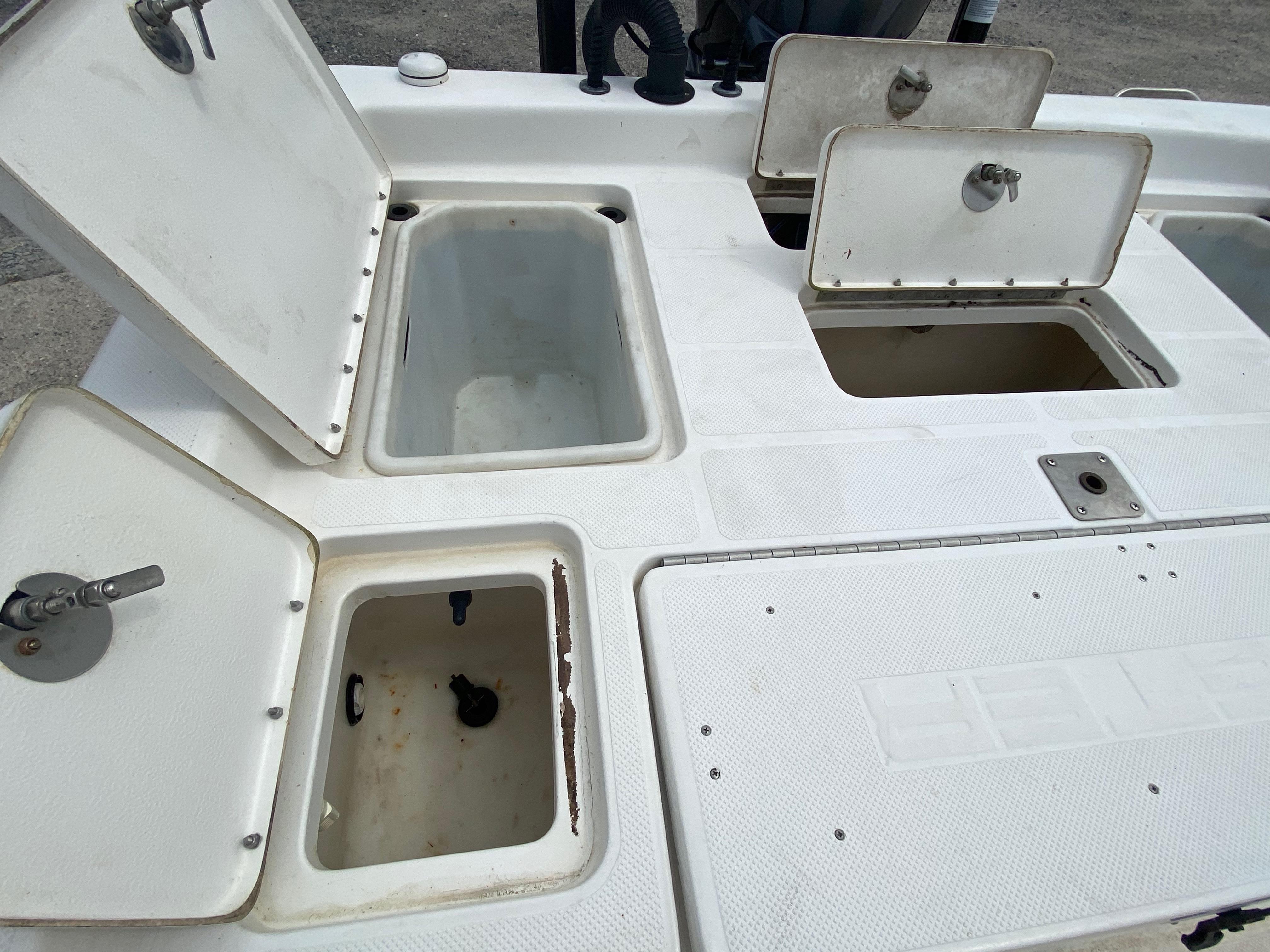 2010 Skeeter boat for sale, model of the boat is ZX 24V & Image # 14 of 18
