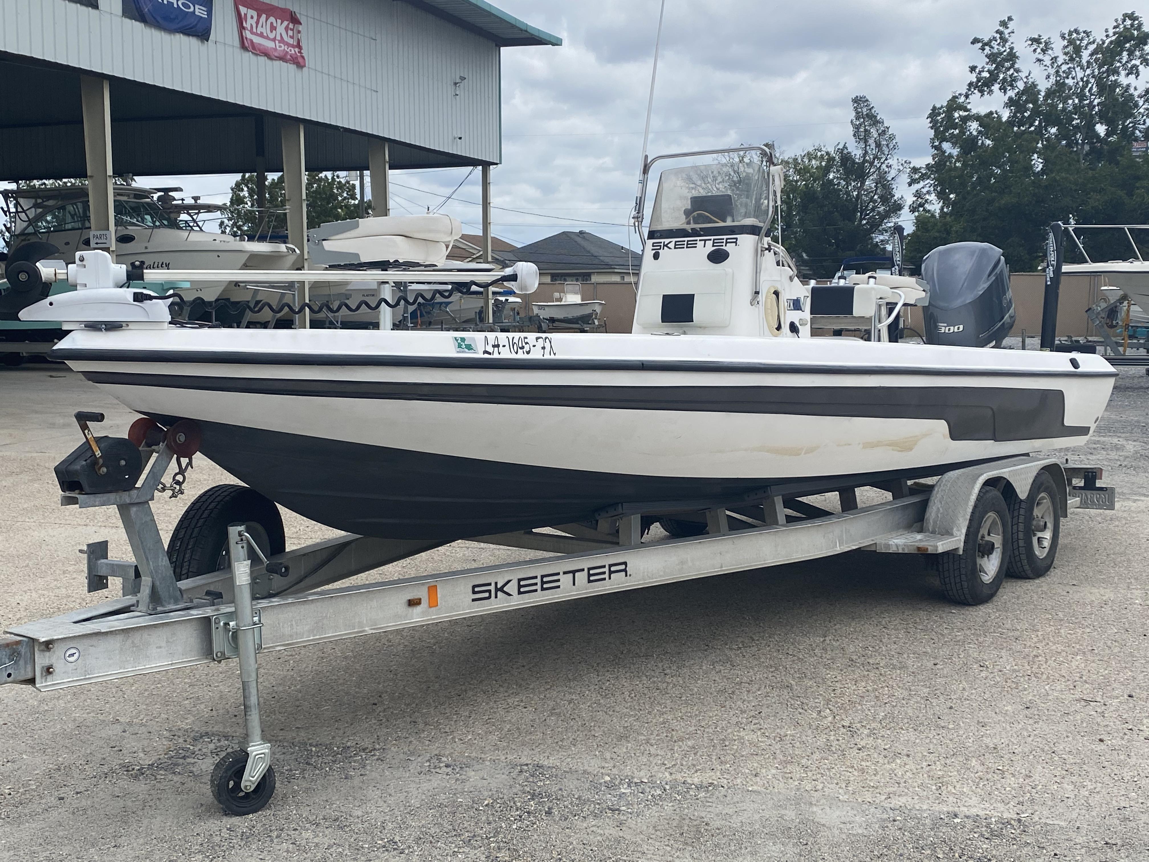 2010 Skeeter boat for sale, model of the boat is ZX 24V & Image # 16 of 18