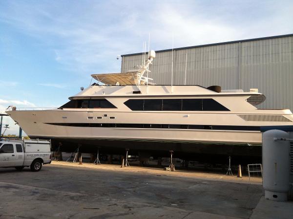 104 denison broward motor yacht 1991 for sale in fort for Denison motors denison tx
