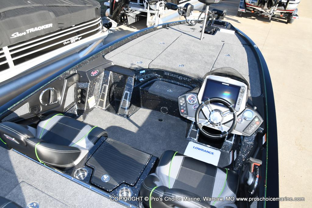 2020 Ranger Boats boat for sale, model of the boat is Z521C Ranger Cup Equipped & Image # 17 of 50