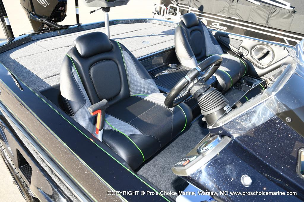 2020 Ranger Boats boat for sale, model of the boat is Z521C Ranger Cup Equipped & Image # 30 of 50