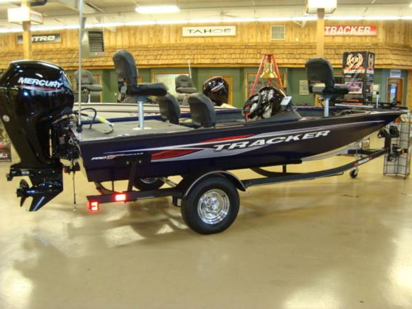 2021 Tracker Boats boat for sale, model of the boat is PT 175TF & Image # 1 of 17